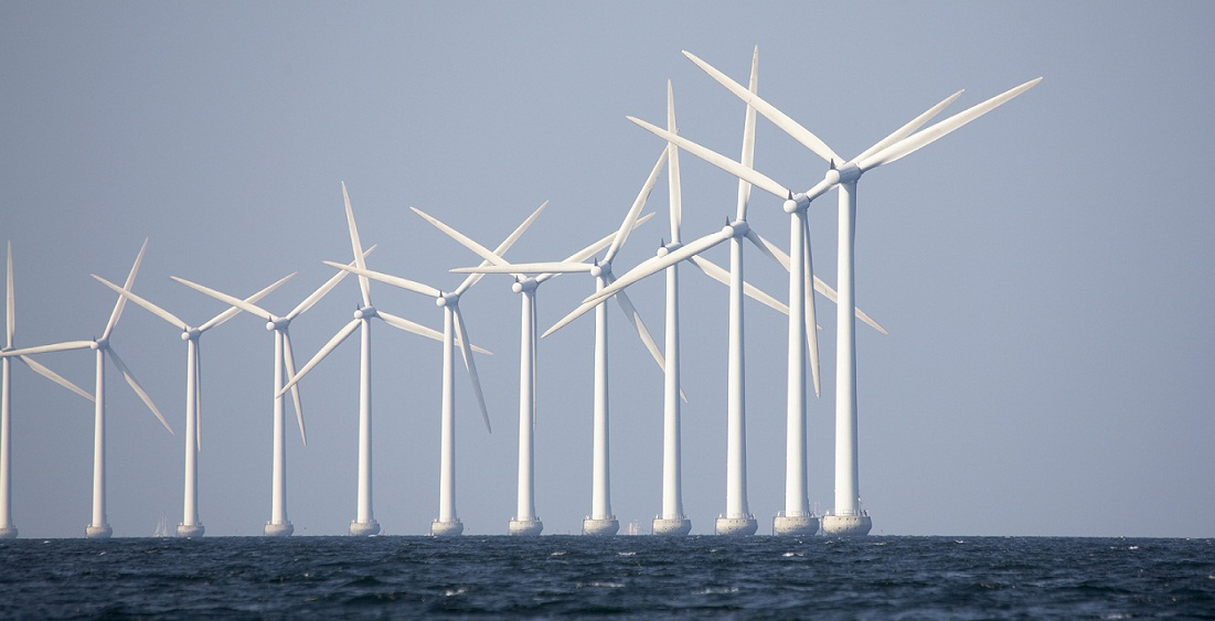 WINDFARM-PHOTO-iStock_000002990589Large-Cropped.jpg